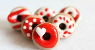 Red & White Donut Push Pins, Set of 6
