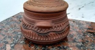 Ceramic Pottery Clay is a pot for baking different foods. Beautiful handmade fro...