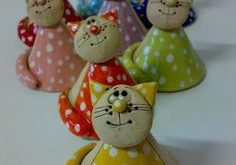 Kočičkový zvonění zvoneček  +- 8 cm... cena za 1 zvoneček Barvu si vy...