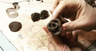 Making quick and easy bud roses in clay