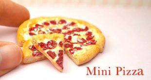 Mini Pepperoni Pizza Charm