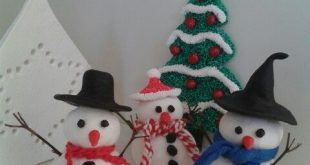 Sneeuwpop van zelfdrogende klei en foam clay