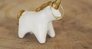 Unicorn ring holder - Clay unicorn ornament - Unicorn jewelry holder - Unicorn figurine - Unicorn art - Unicorn decor - Unicorn gift for her