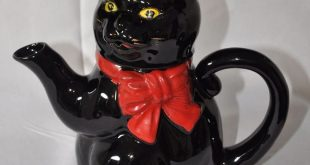 "Vintage Black Ceramic Cat Teapot 9"" tall 10"" wide Red Clay, Red Bow"